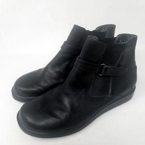 KEDS.. Black Ankle Bootie. Slip On. Size 7.5.